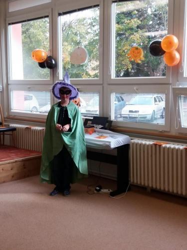 001 006 Halloween party