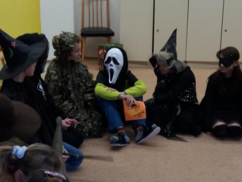 013 006 Halloween party