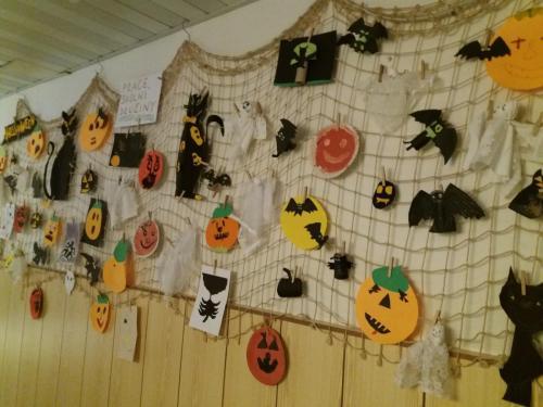 020 006 Halloween party