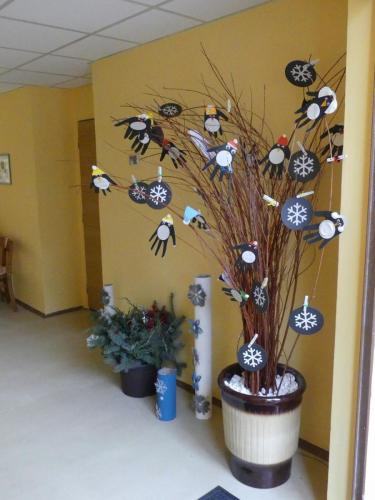 030 018 rozsvecovani stromku s druzinou