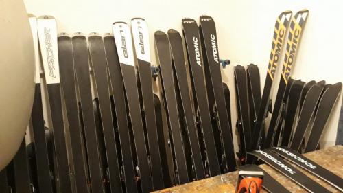 3 022 - příprava lyží na sezónu