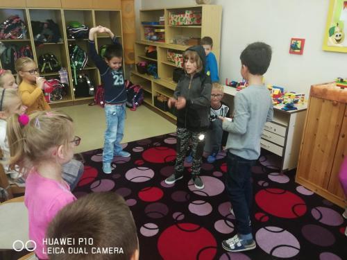 013 skolni druzina 2 2019