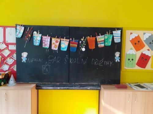20 skolni druzina cinnost Rihova